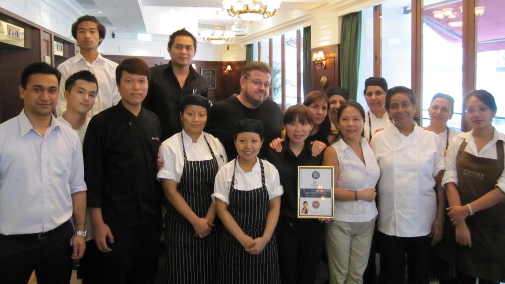 Frites的高層大多為洋人,而餐廳的員工也來自不同國家,「聯合國」的團隊反而令工作環境更有趣。(受訪者提供圖片)