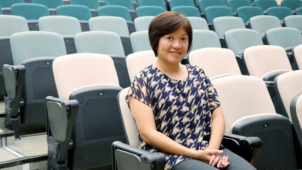 香港浸會醫院營養部營養師主管余碧玲營養師。(香港經濟日報照片)