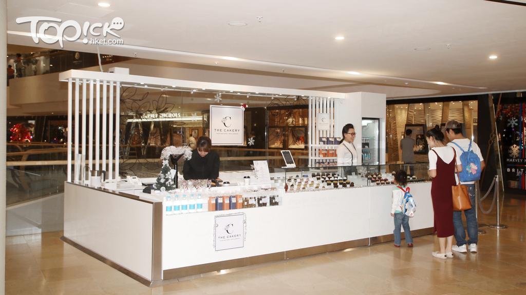 甜品店在金鐘及中環開設Pop Up 店,平日不少食客來幫襯。(陳智良攝)