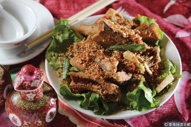 眾多小菜中,部分會以蛇入饌,如這道椒鹽蛇碌。(相片來源:經濟日報資料室)