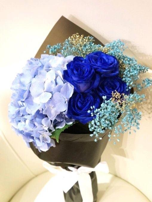 若不想太隨俗,可選擇冷色系的玫瑰。(相片來源: Floritale by Jko)
