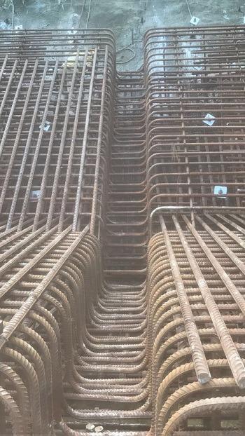 阿楠剛參與紮建位於田灣的擋土牆,結構相當複雜。(受訪者提供)