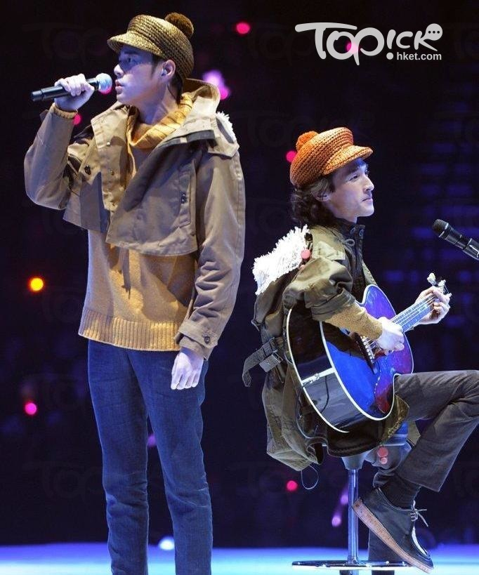 2012年在黃偉文作品展上,Shine再唱《燕尾蝶》,已是青春回憶。(經濟日報圖片)