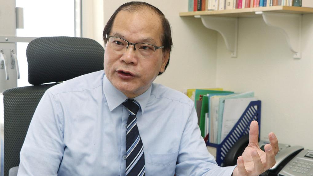 註冊中醫師朱國棟表示,用葱作為治療感冒,是對應風寒型感冒為主,而臨床上用的是性味辛溫葱白。