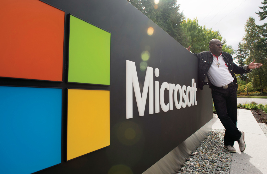 舊實習生反映,Microsoft有良好「Work-Life Balance」、住屋補貼、旅費津貼,每月薪金中位數為7,100美元(約55,000港元)。(新華社資料圖片)