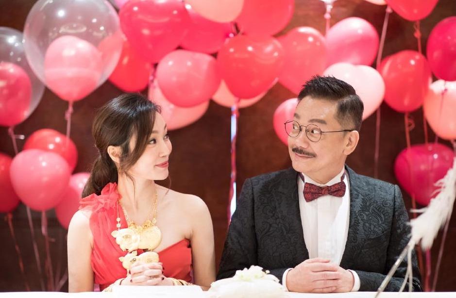 黃玉郎再婚,太太年紀比他細37年。(取自黃玉郎微博)