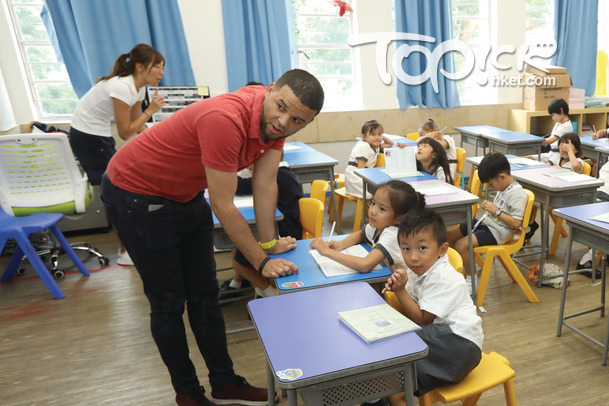 德萃小學營造良好語境,學生語言及學術能力突出。(曾有為攝)