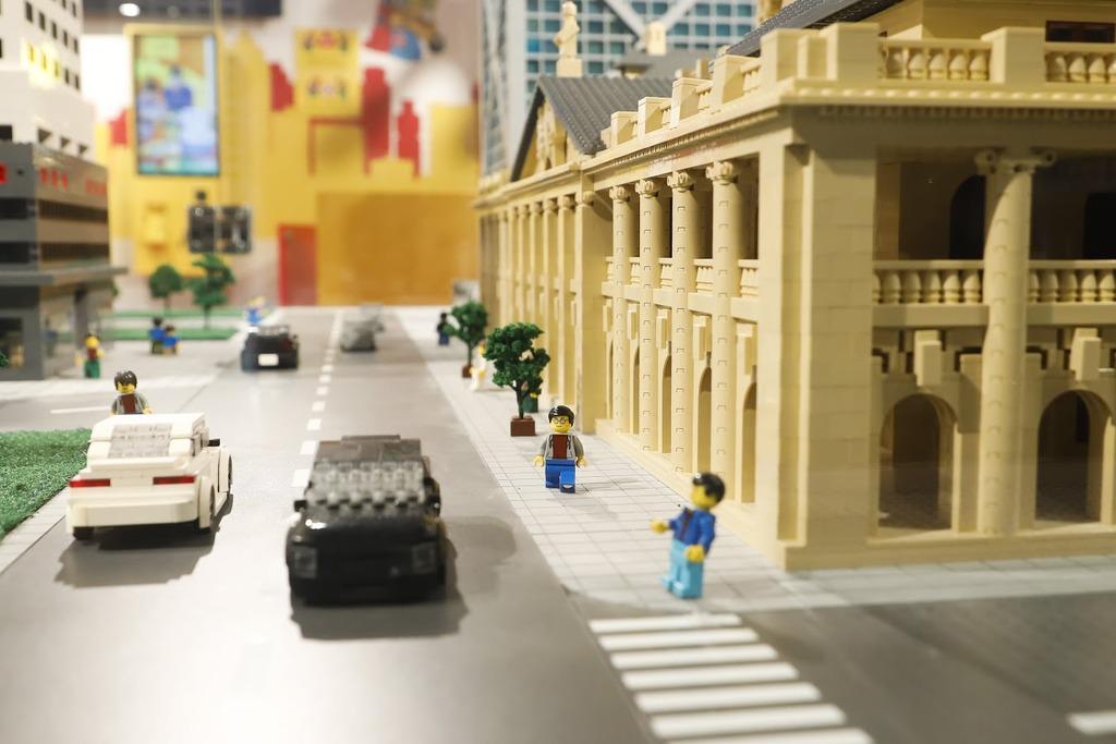 終審法院(前立法會大樓)一帶。(相片由香港樂高探索中心提供)