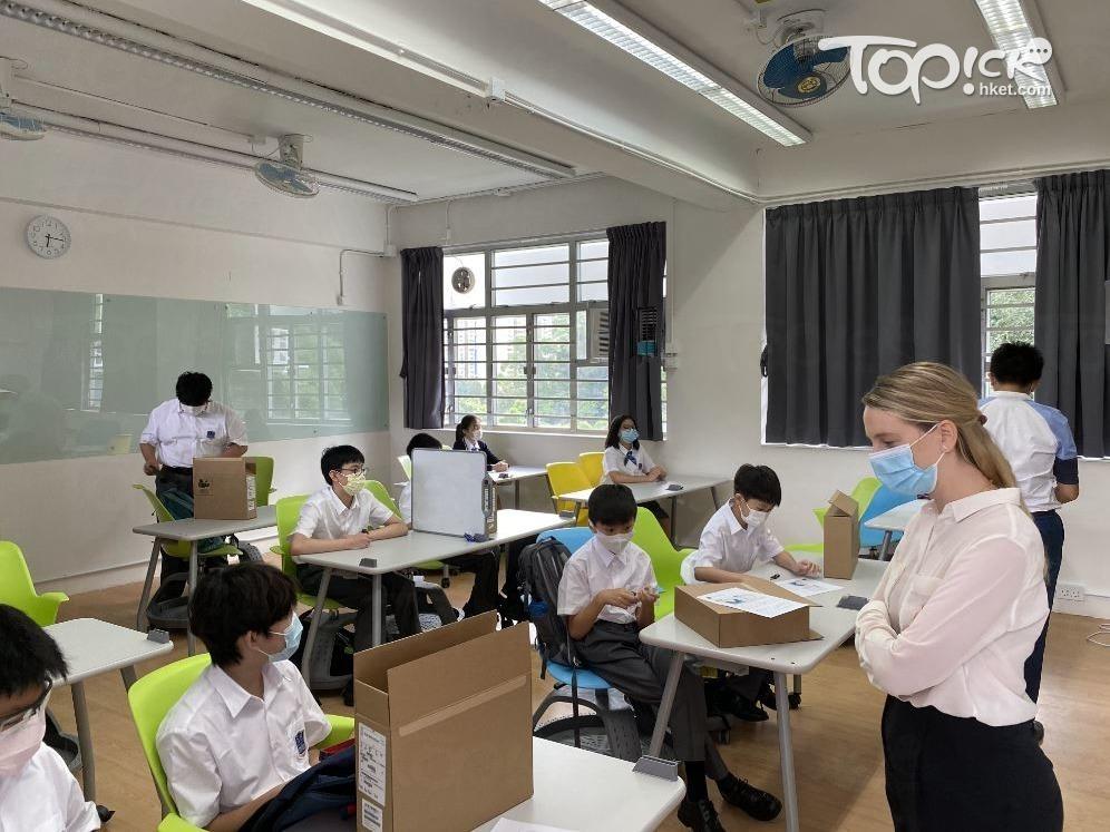 師生日常以英語溝通,中文及中國歷史科則以普通話授課。(相片由受訪者提供)