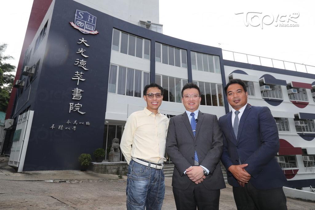 (右起)德萃教育機構創辦人及校董會主席徐飛、大光德萃書院校長張毅及德萃教育機構校董陳耀生。(黃建輝攝)