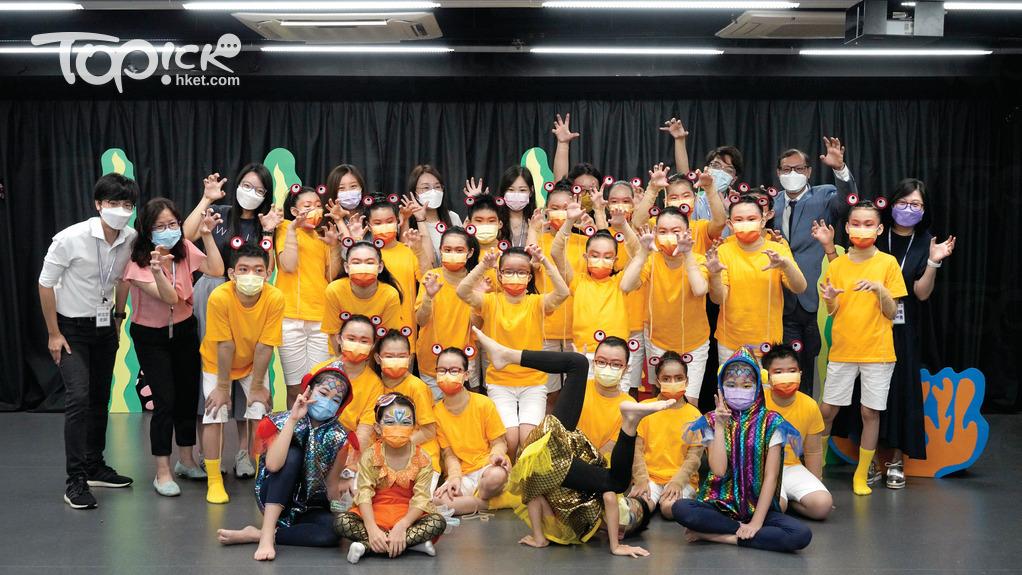 基全小學小四生表演英文音樂劇。(馮漢柱攝)